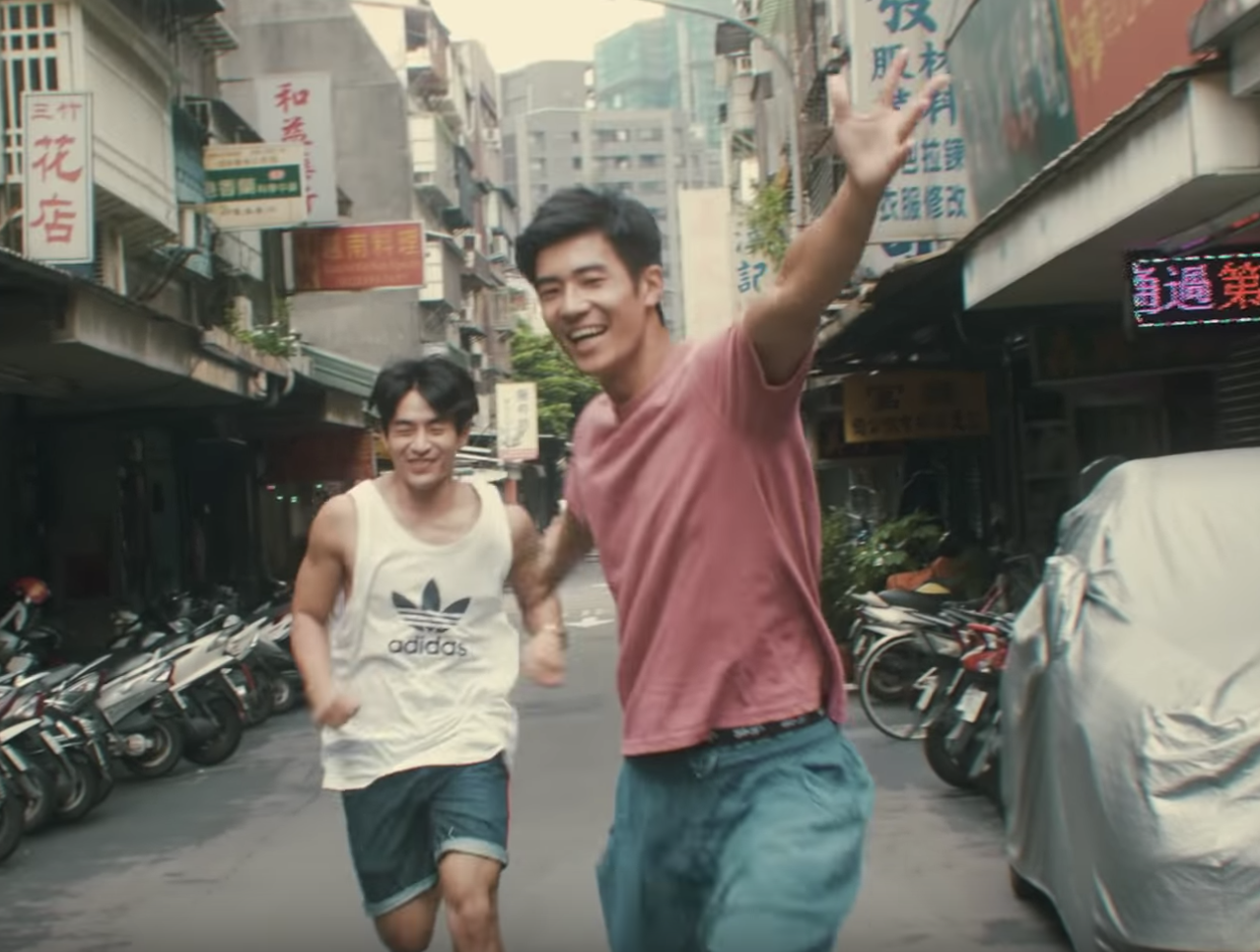 This music video is the most heartwarming thing you will watch today👨❤️👨